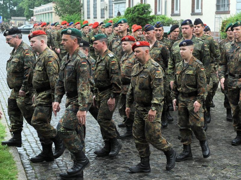 Bild zu Reservisten