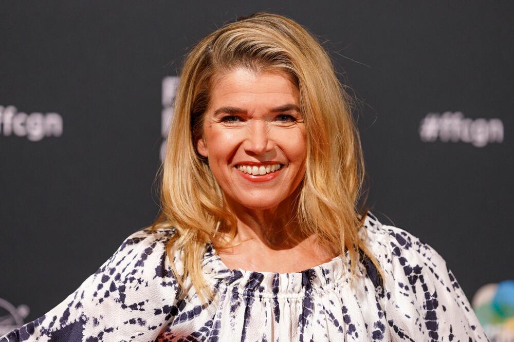 Anke Engelke ist seit mehr als 20 Jahren im deutschen Fernsehen aktiv.