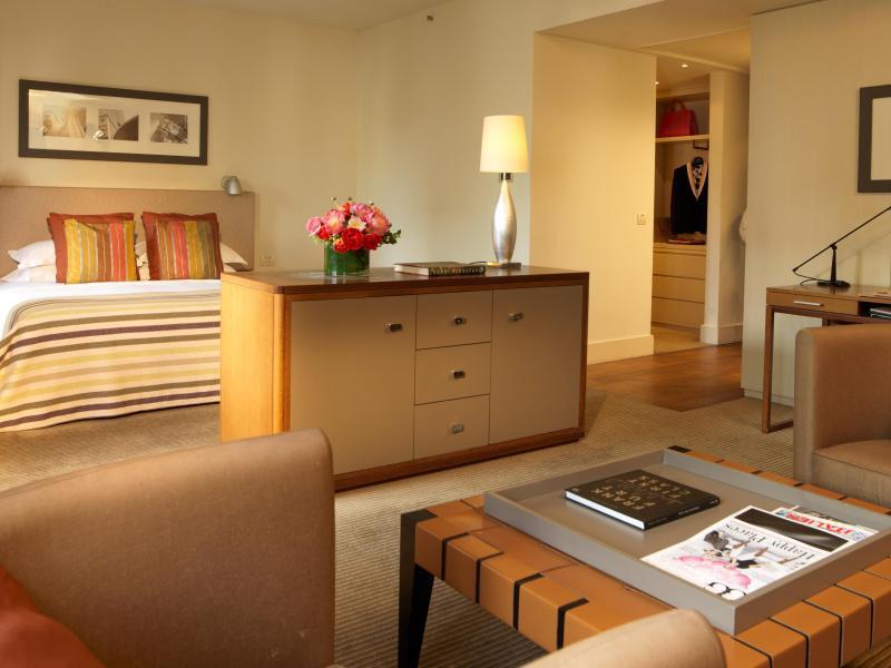 Bild zu Suite des Fünf-Sterne-Hotels «Villa Kennedy»