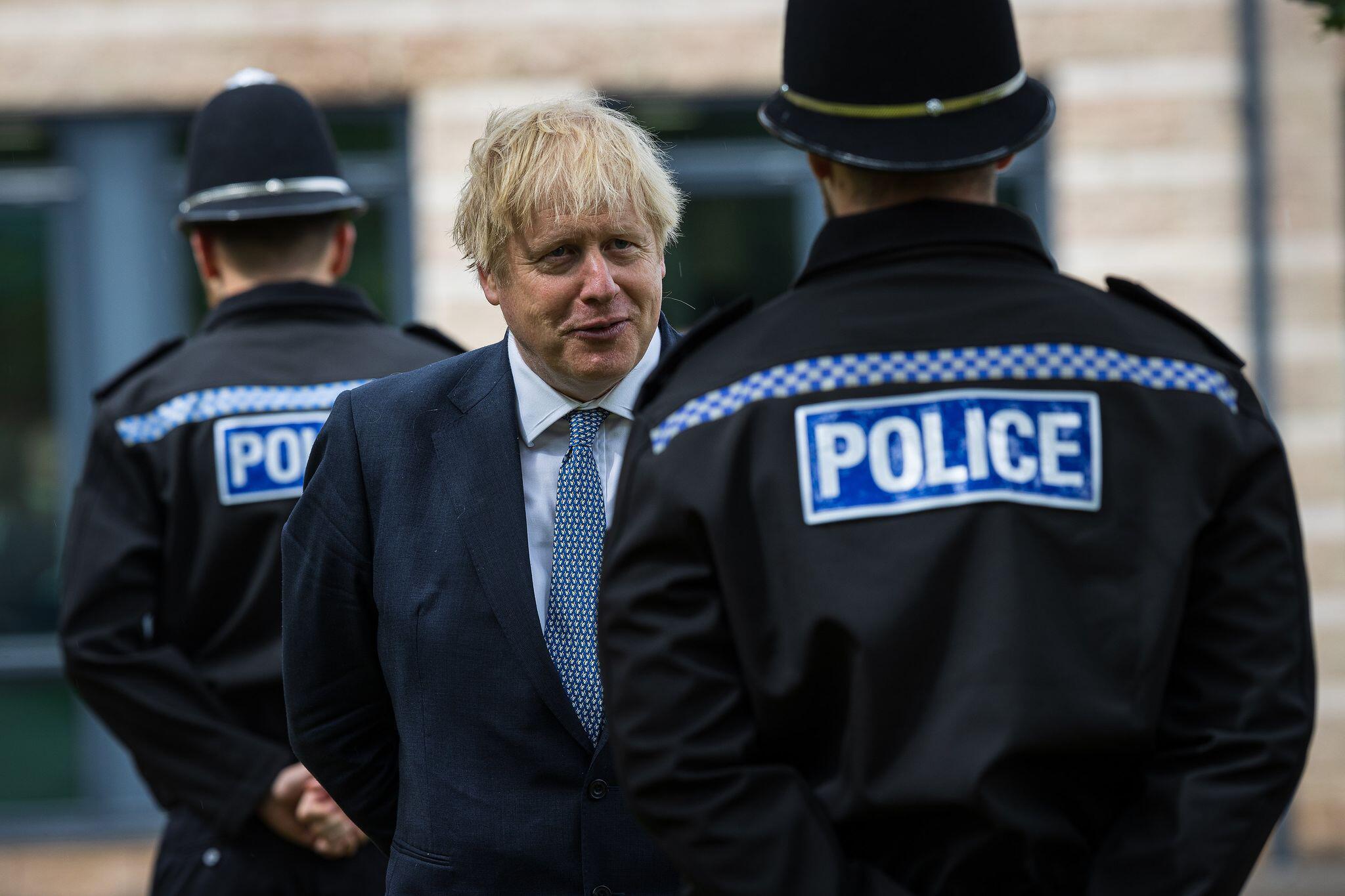 Bild zu Boris Johnson zu Besuch in North Yorkshire