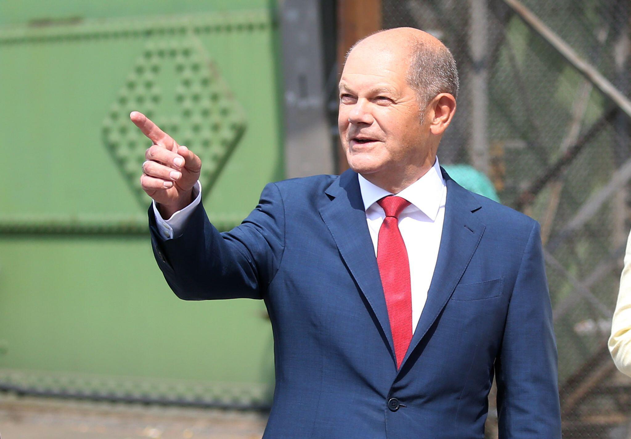 Bild zu SPD macht Vizekanzler Scholz zum Kanzlerkandidaten