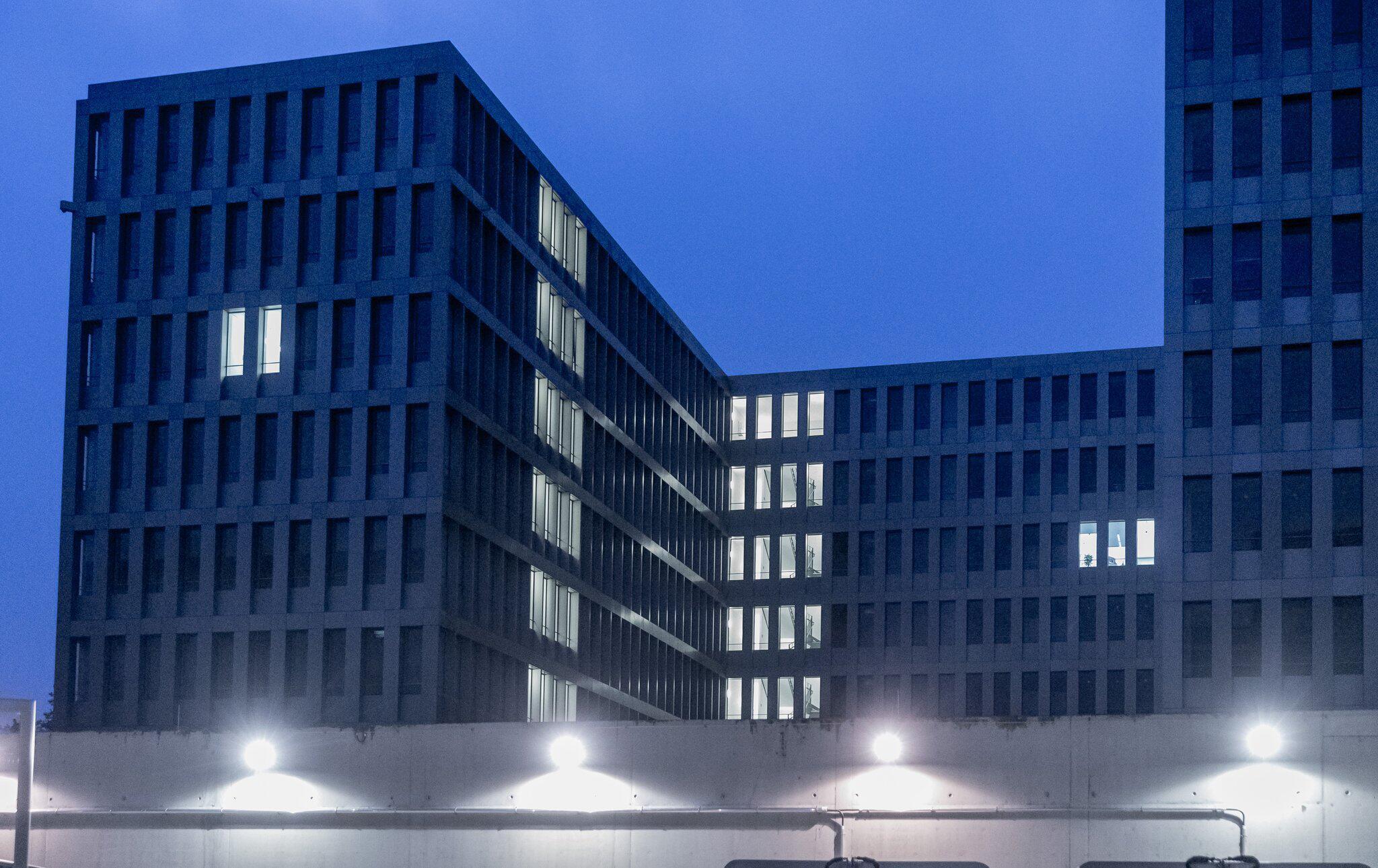 Bild zu dpa-Story: The BND Move