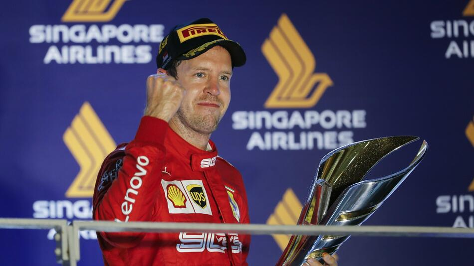 Grand Prix von Singapur mit Sebastian Vettel als Sieger