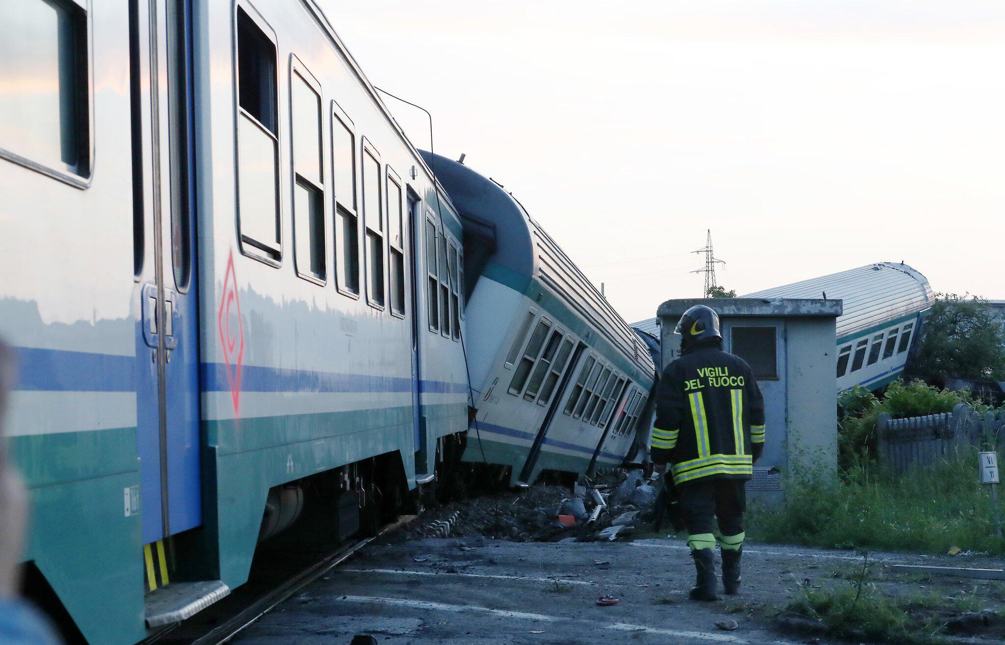 Bild zu Zugunglück in Italien