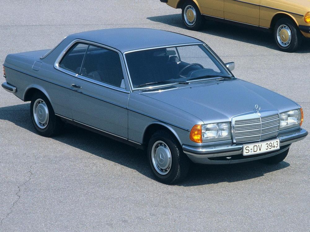 Bild zu Mercedes-Benz 280 CE