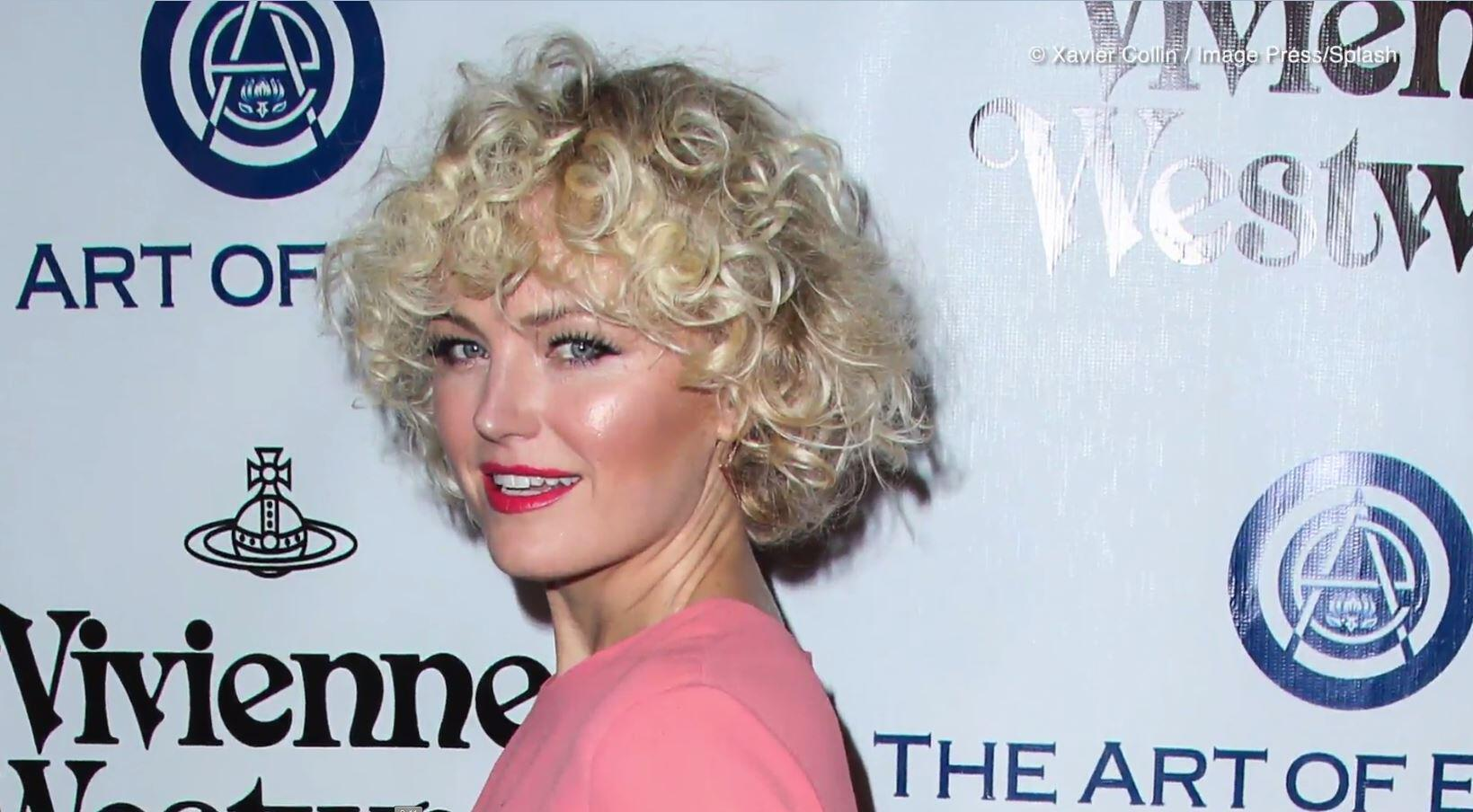 Bild zu Grusel-Frisur: Hollywood-Star Malin Akerman im biederen Oma-Style