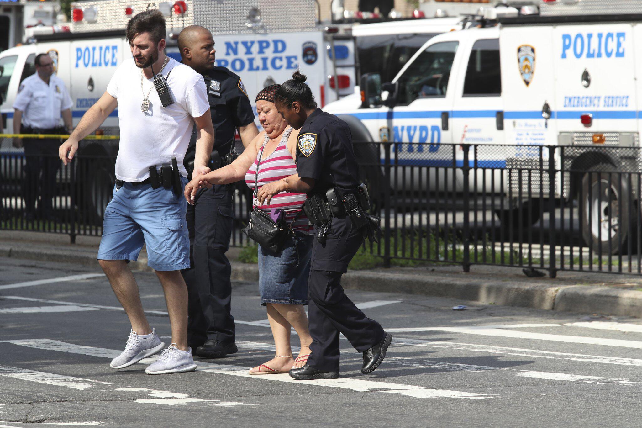 Bild zu Mann eröffnet Feuer in New Yorker Krankenhaus