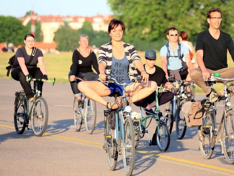 Bild zu Fahrrad-Yoga