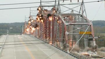 Bild zu USA, Brücke, Brücken-Sprengung
