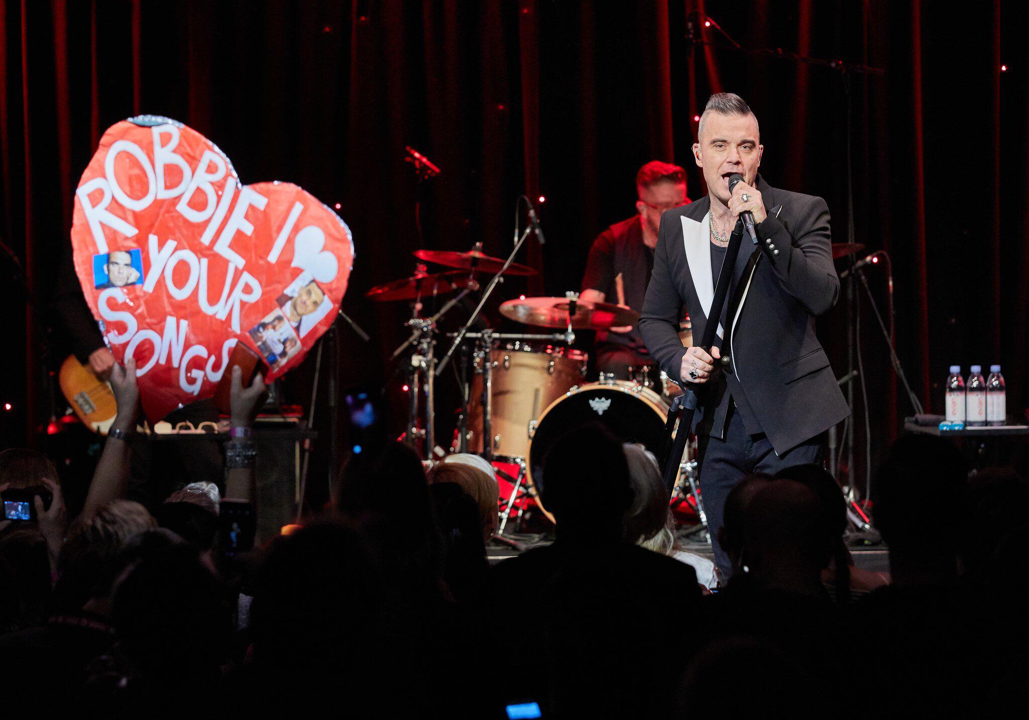 Bild zu Fankonzert Robbie Williams