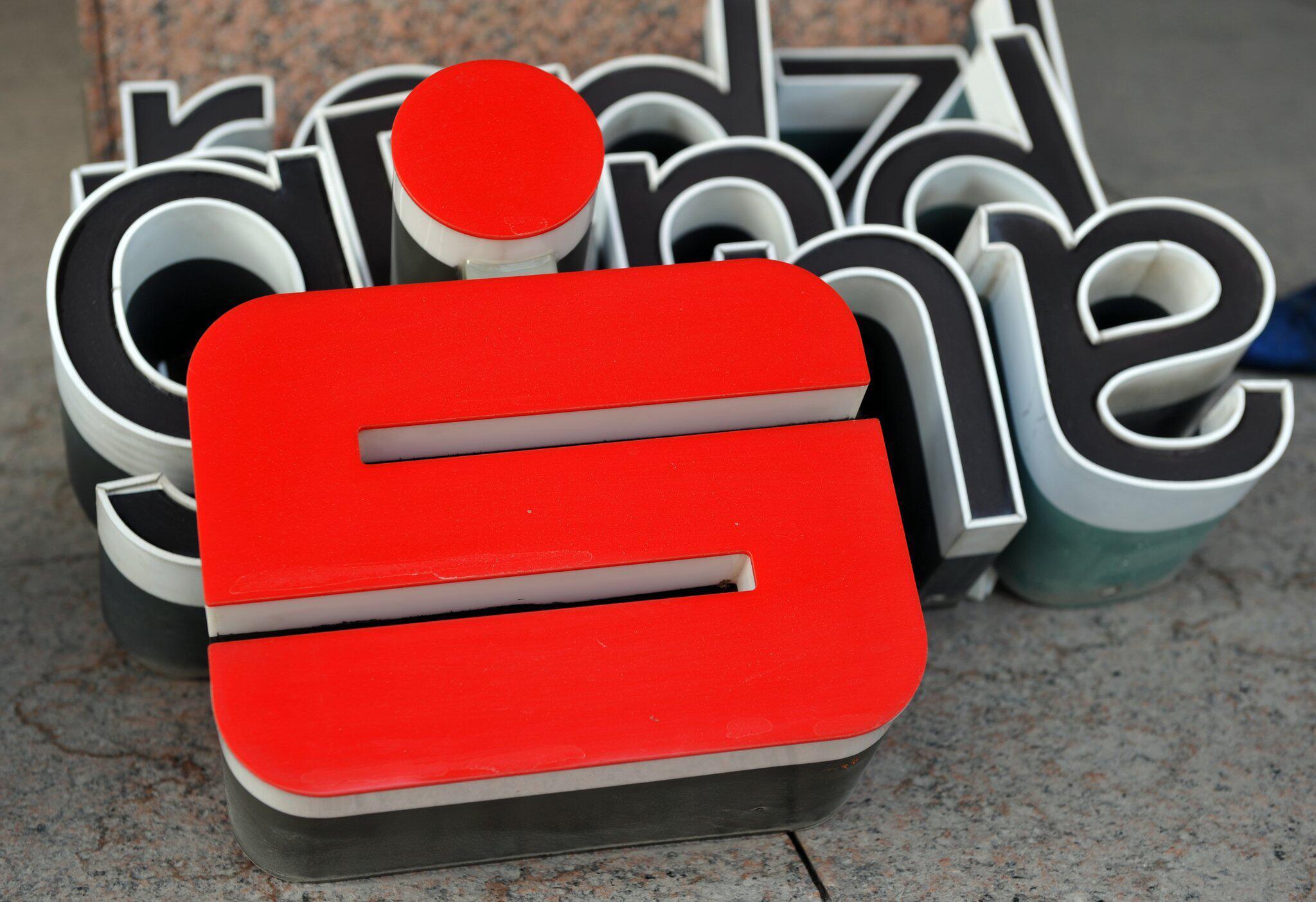 Bild zu Sparkasse München kündigt 28.000 Prämiensparverträge