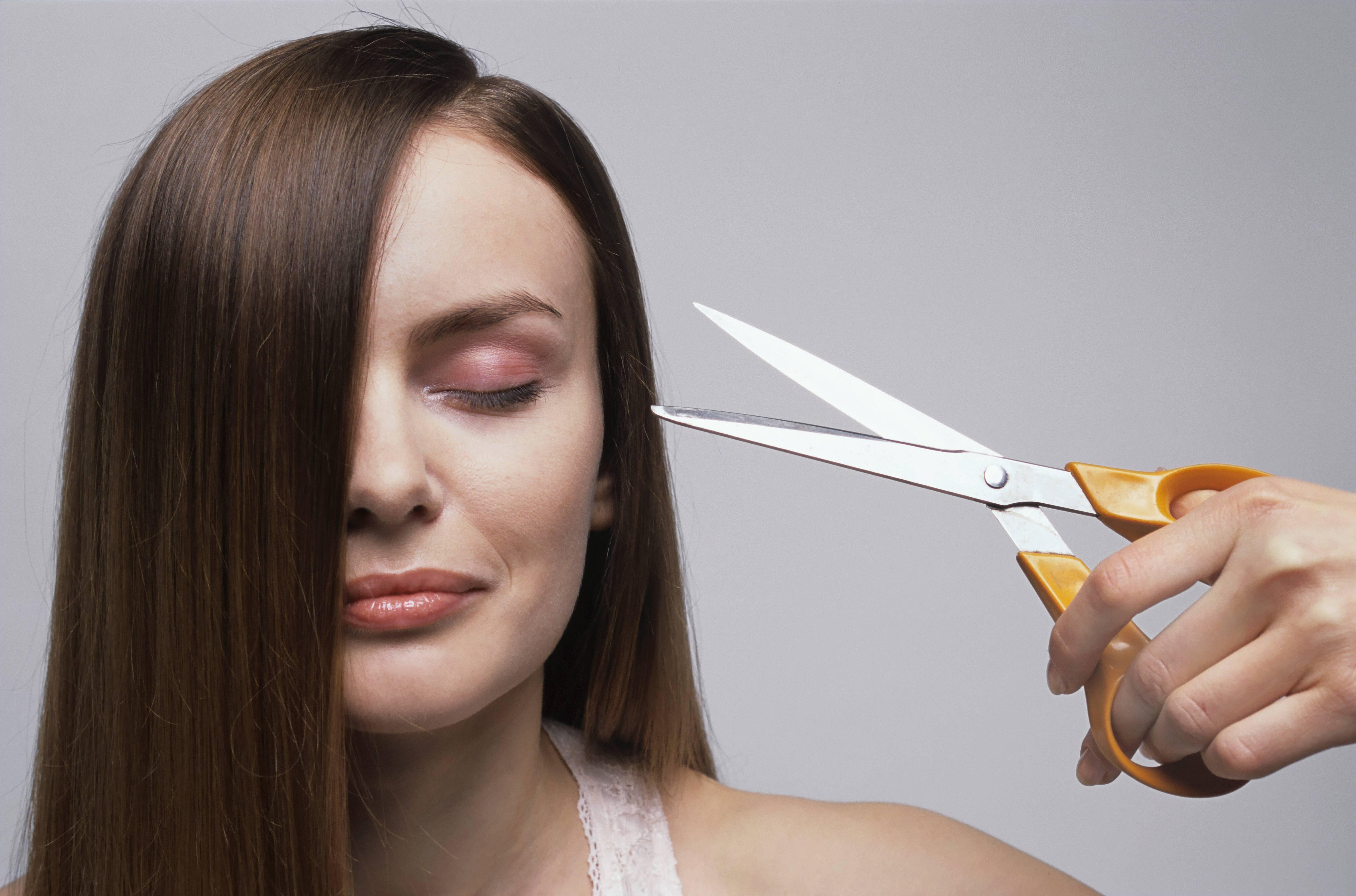 Bild zu Mondkalender: Wann sollten Sie Ihre Haare schneiden?