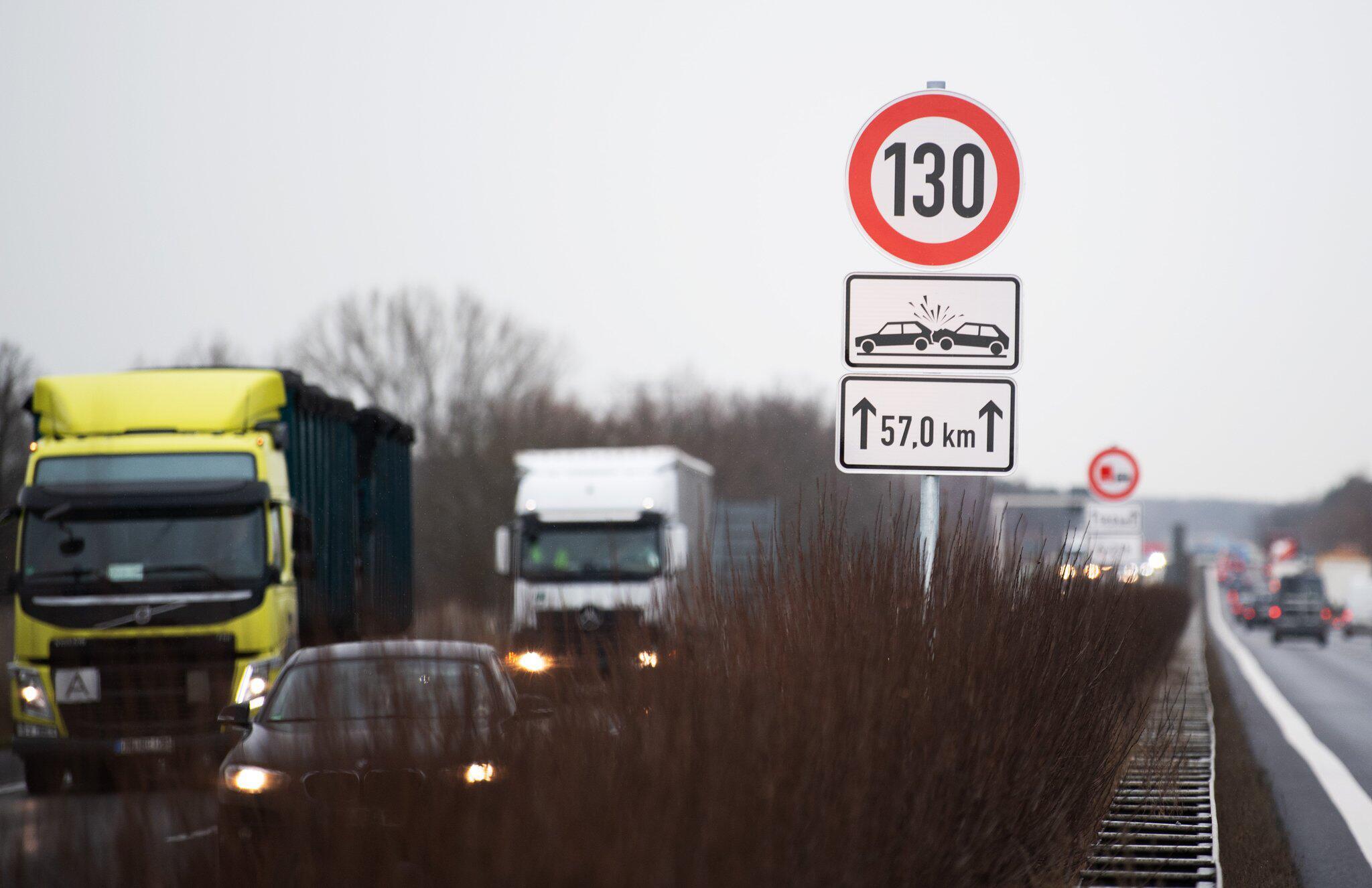 Bild zu Geschwindigkeitsbegrenzung auf der A13