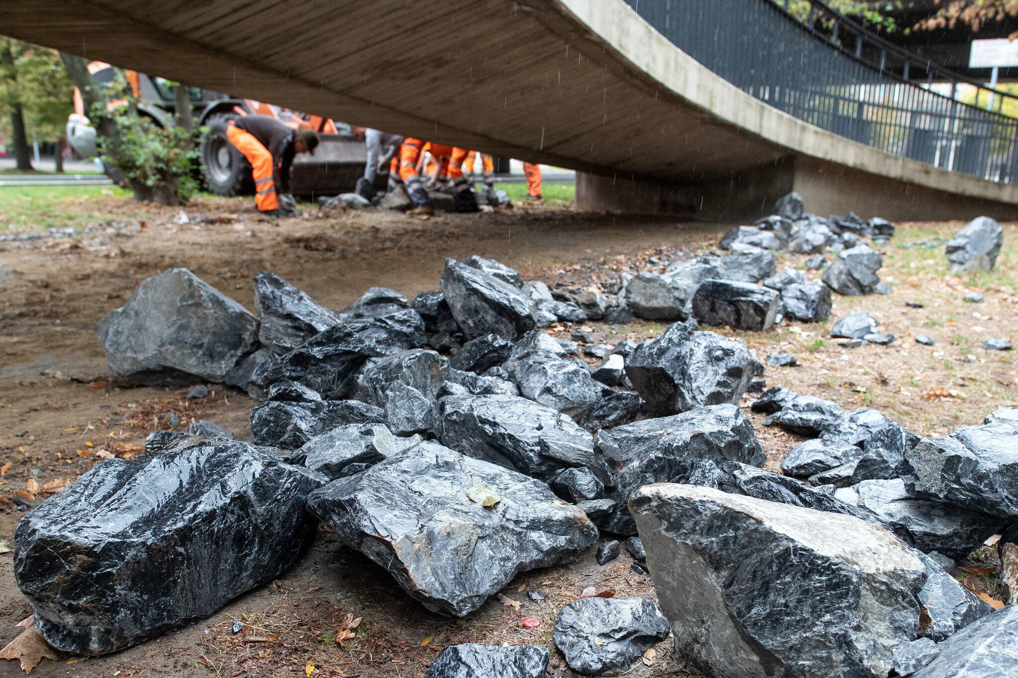 Bild zu Maßnahme gegen Obdachlose - Steine beiseite geräumt