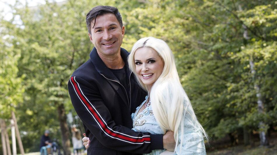Daniela Katzenberger mit Ehemann Lucas Cordalis: Beide sind auf Instagram sehr aktiv.