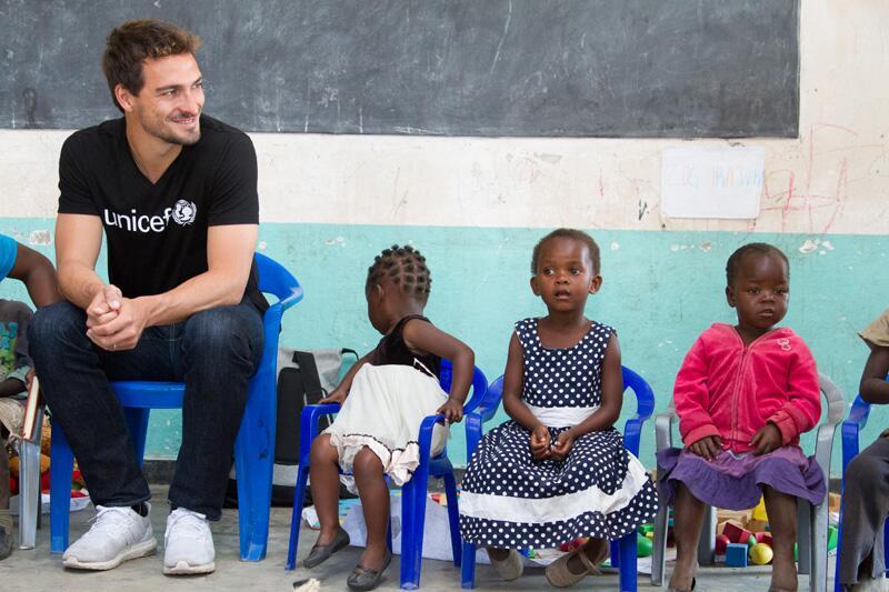 Bild zu Mats Hummels, Unicef, Malawi