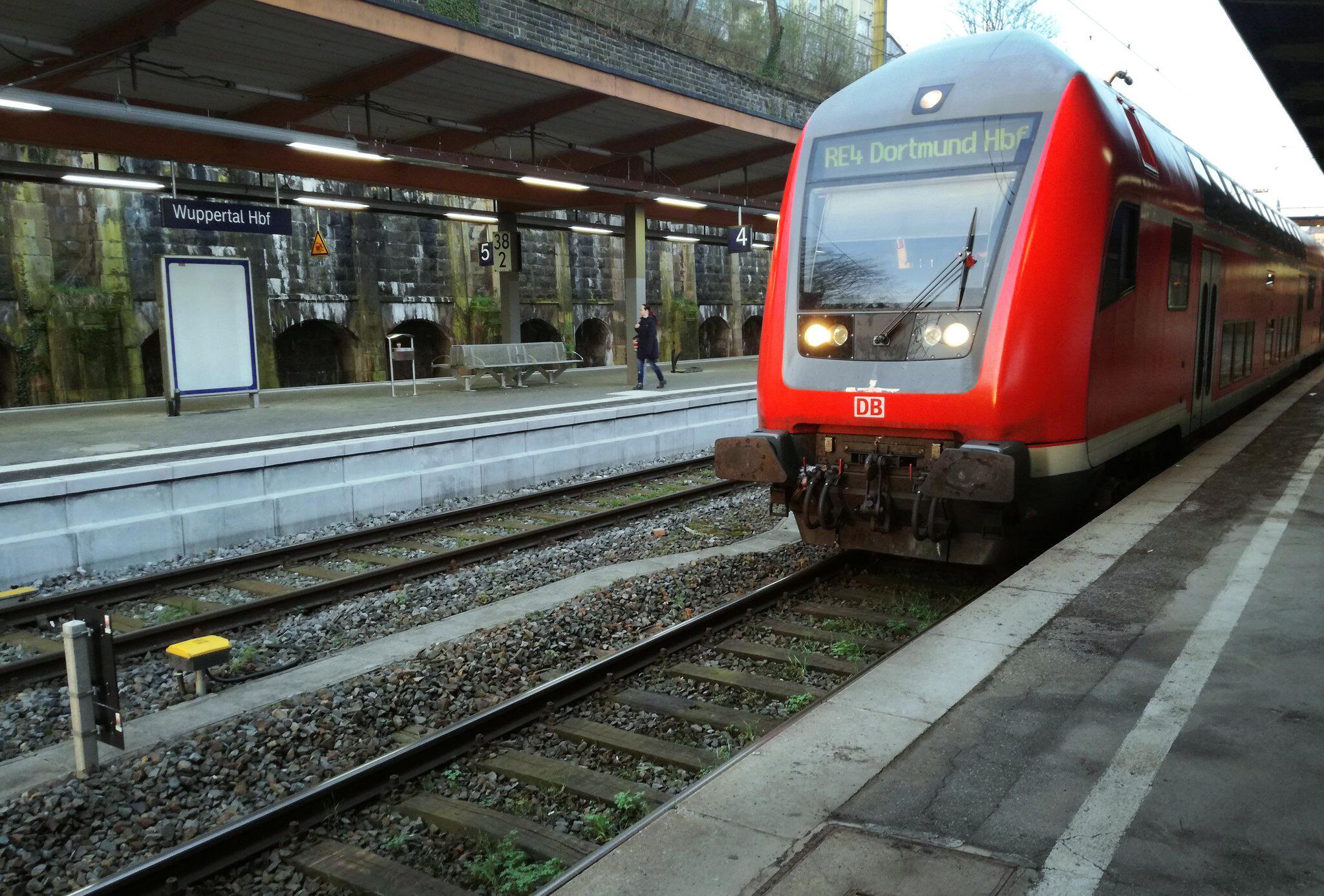 Bild zu Bahnhof Wuppertal