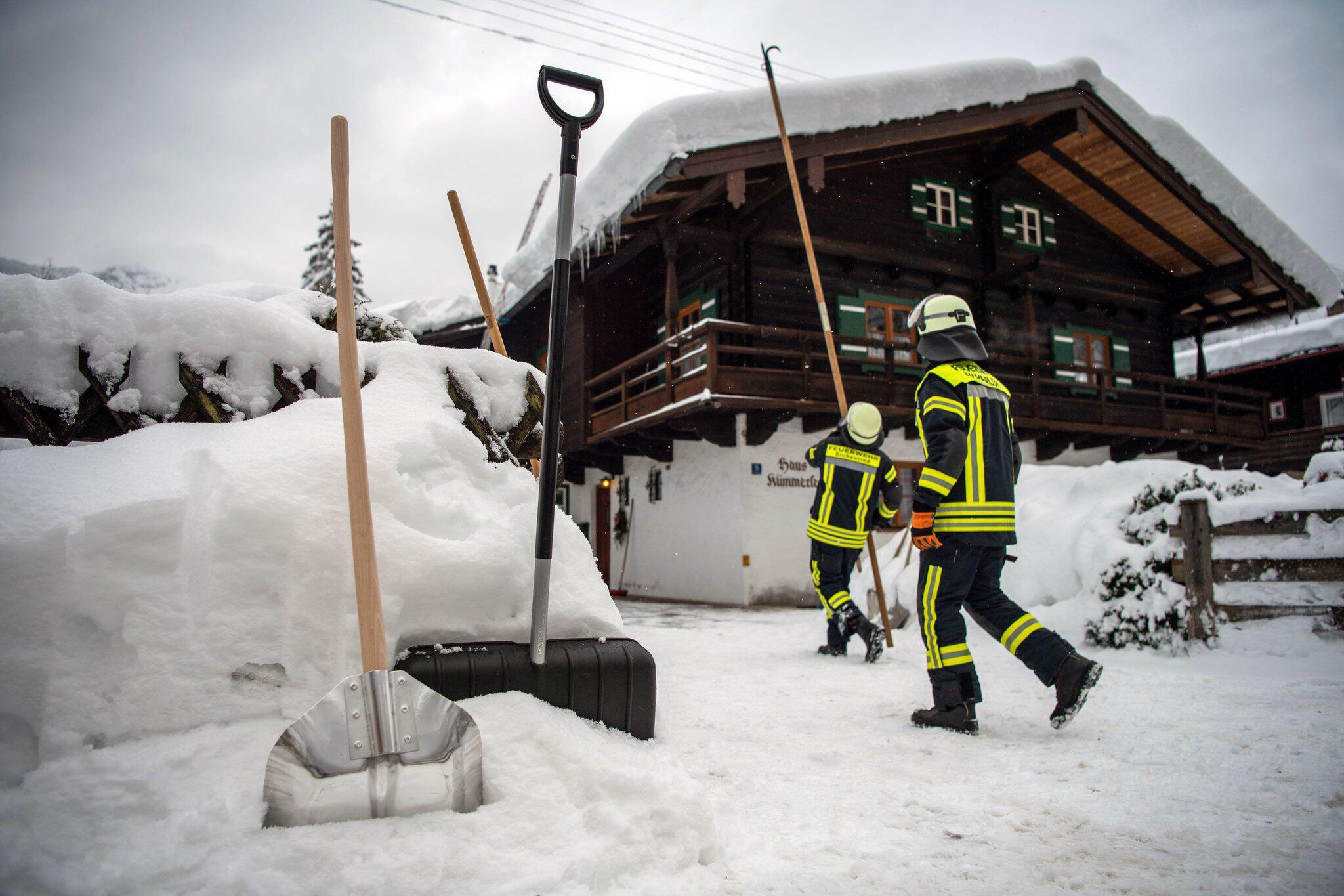 Bild zu Schneemassen in Berchtesgaden