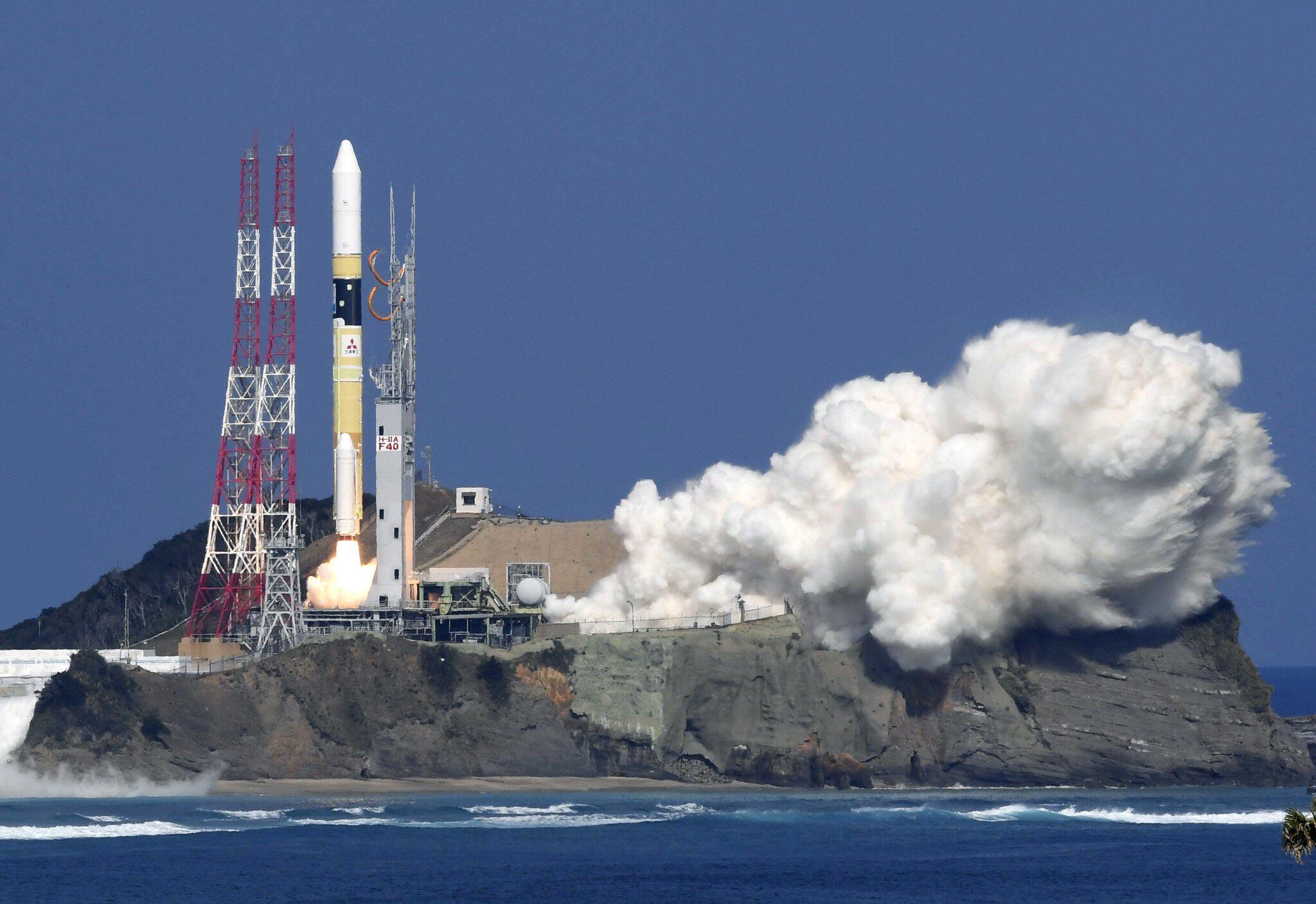 Bild zu Japan schickt Satelliten zur Treibhausgas-Forschung ins All