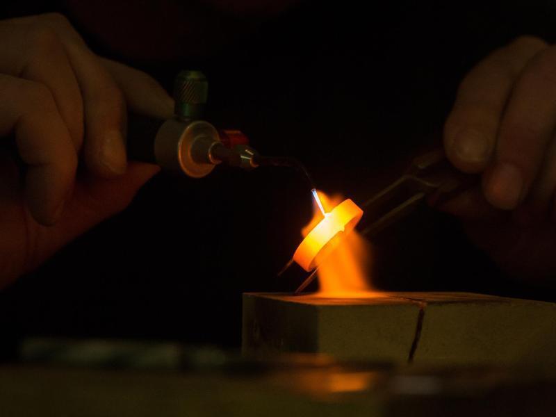 Bild zu Glühendes Edelmetall
