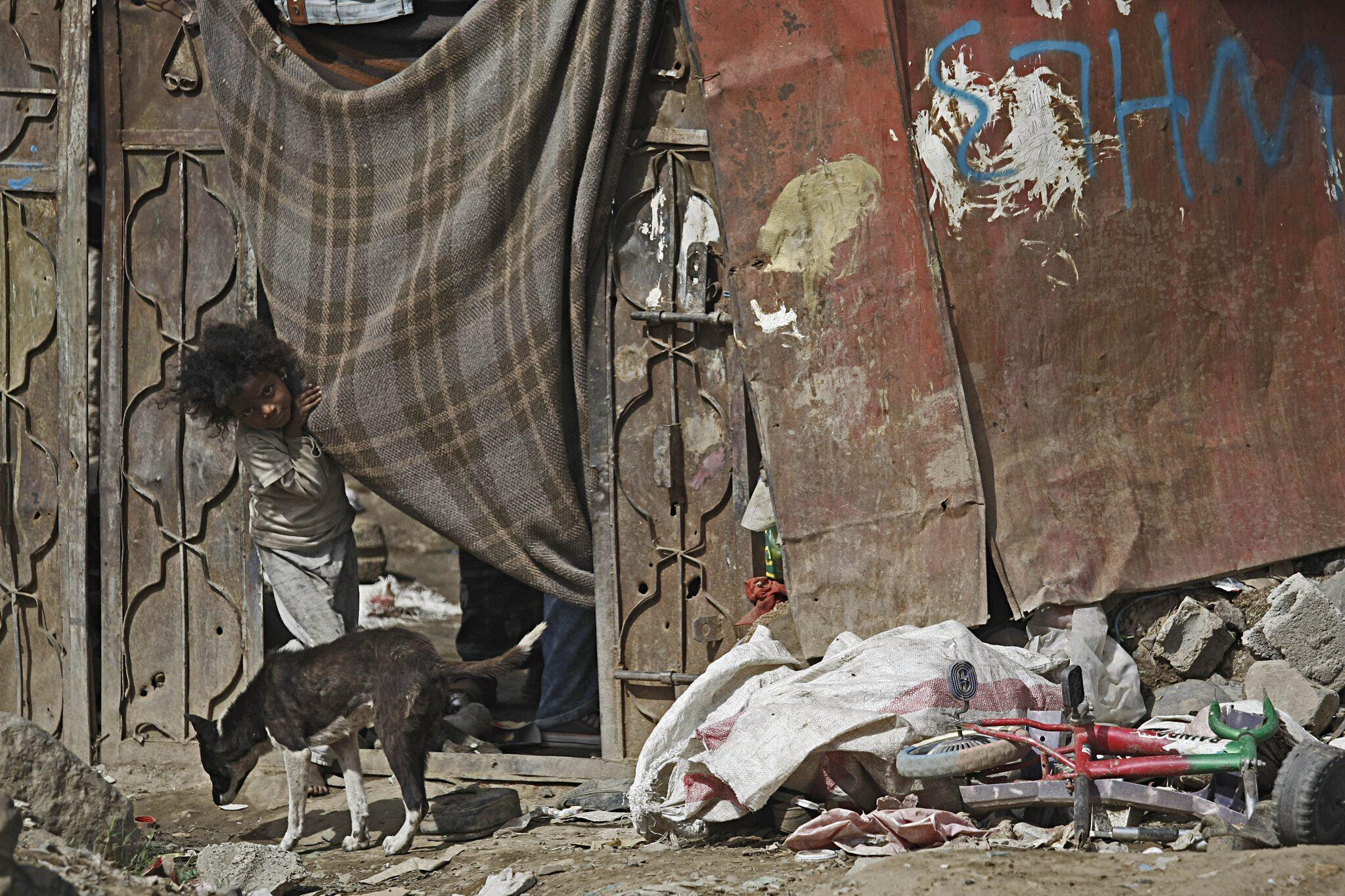Bild zu Vertriebene Kinder im Jemen