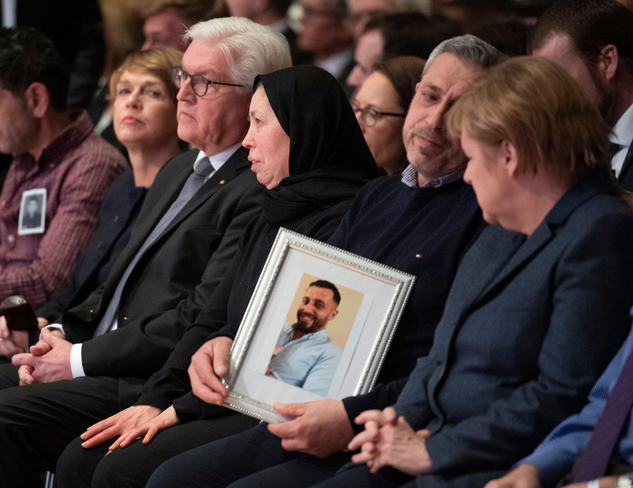 Bild zu Gedenkfeier für die Opfer des Anschlags von Hanau