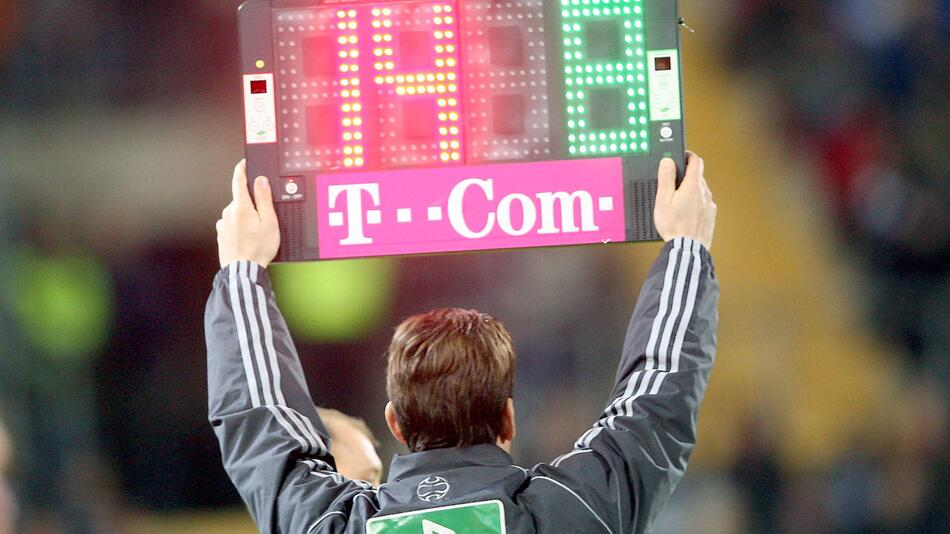 FIFA-Vorschlag Fünf Auswechslungen in Corona-Krise