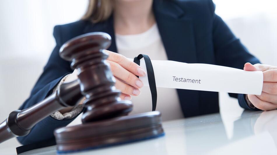 Urteil: Verzicht auf Erbe kann auch für Kinder gelten