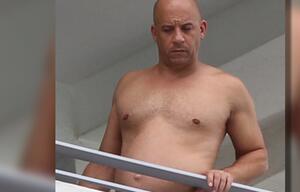 Vin Diesel ist kaum wiederzuerkennen: Wo ist sein Sixpack? Jetzt ist er mit eine