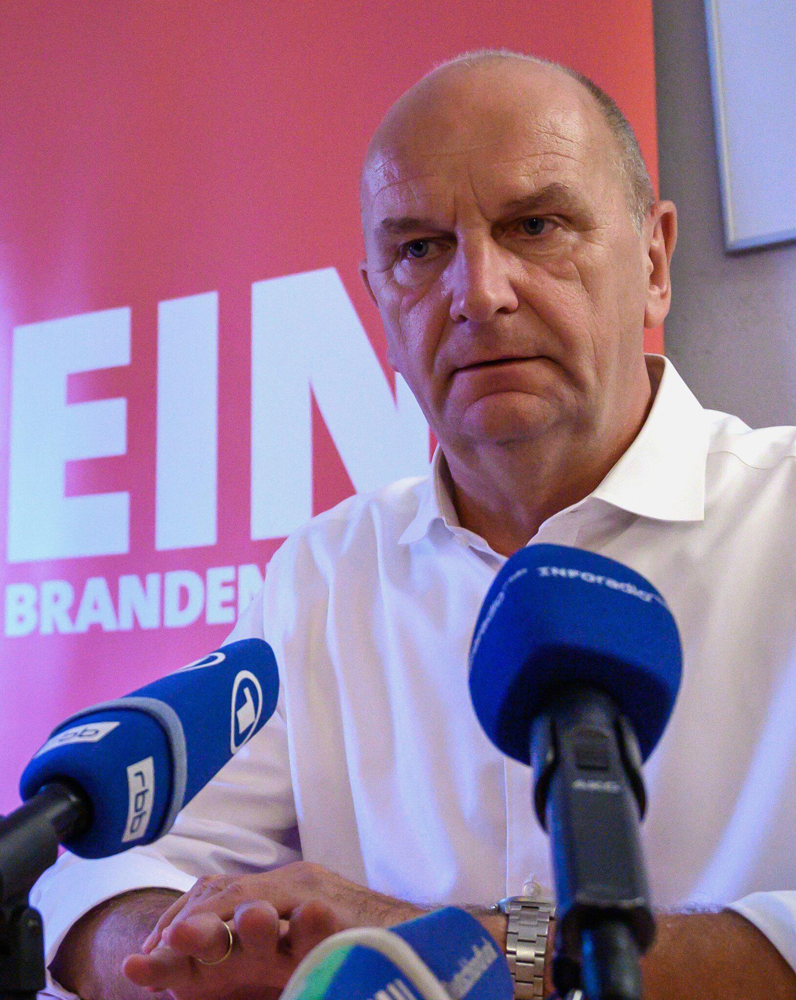 Bild zu SPD Pressekonferenz nach der Wahl in Brandenburg