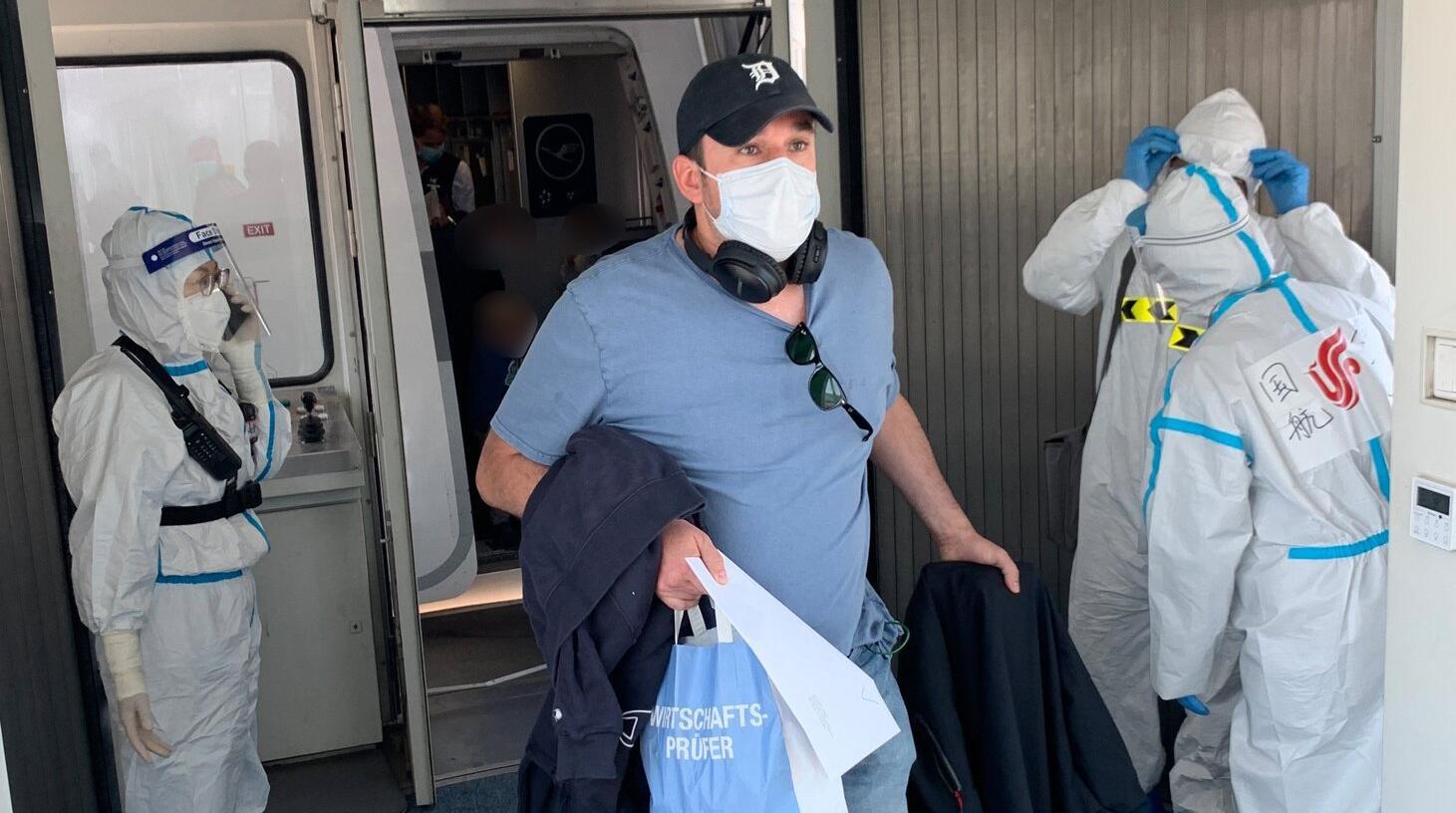 Bild zu Coronavirus - Erster Flug mit Deutschen nach China