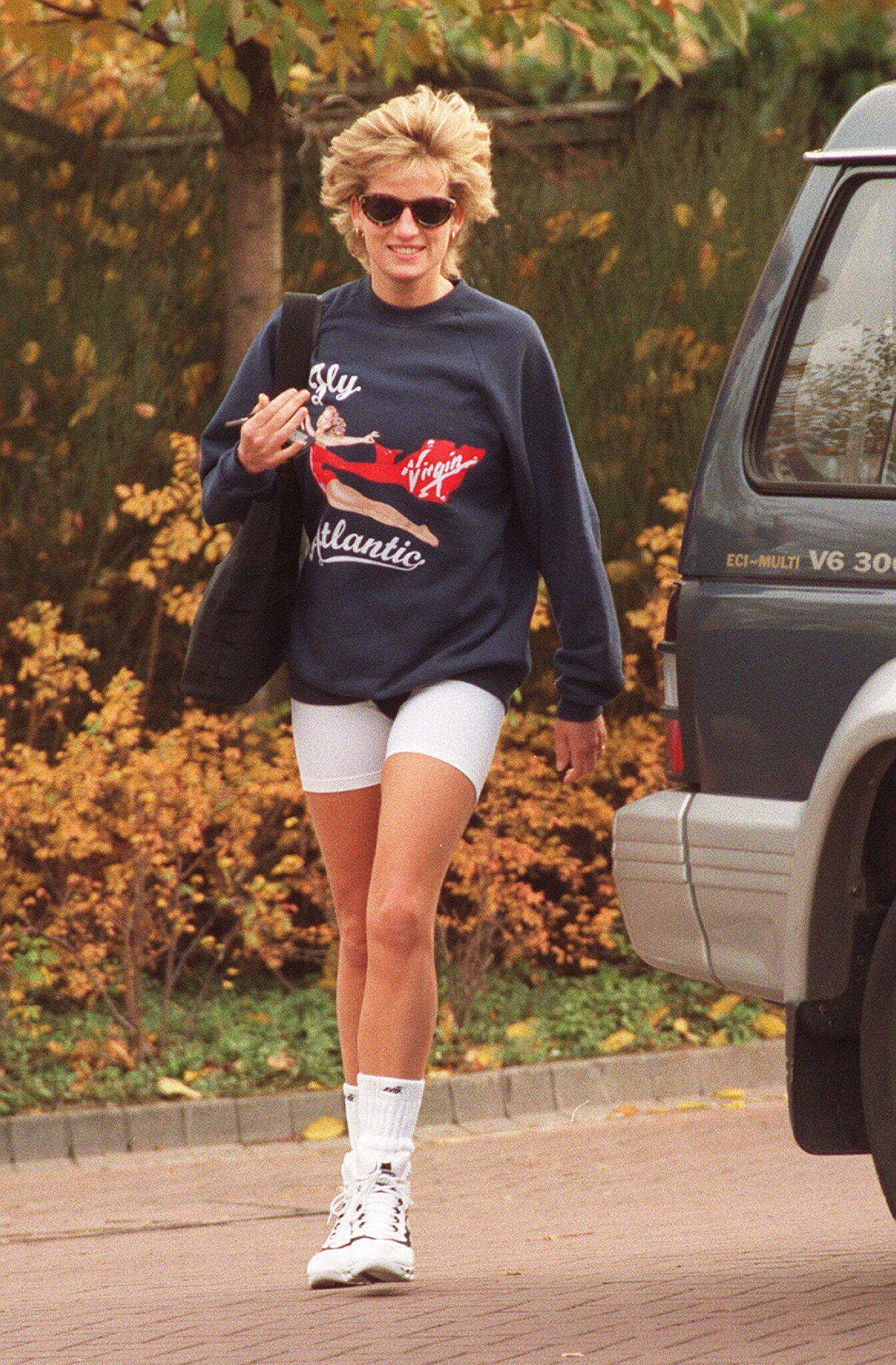 Bild zu Sweatshirt von Prinzessin Diana in den USA teuer versteigert
