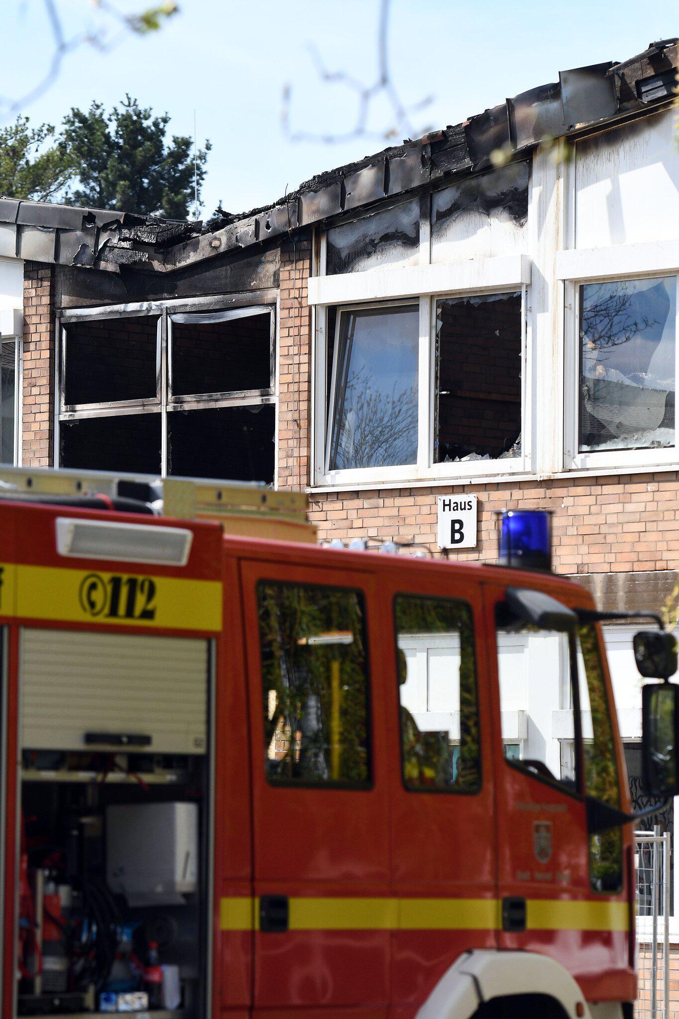 Bild zu Feuer in Schule in Hennef