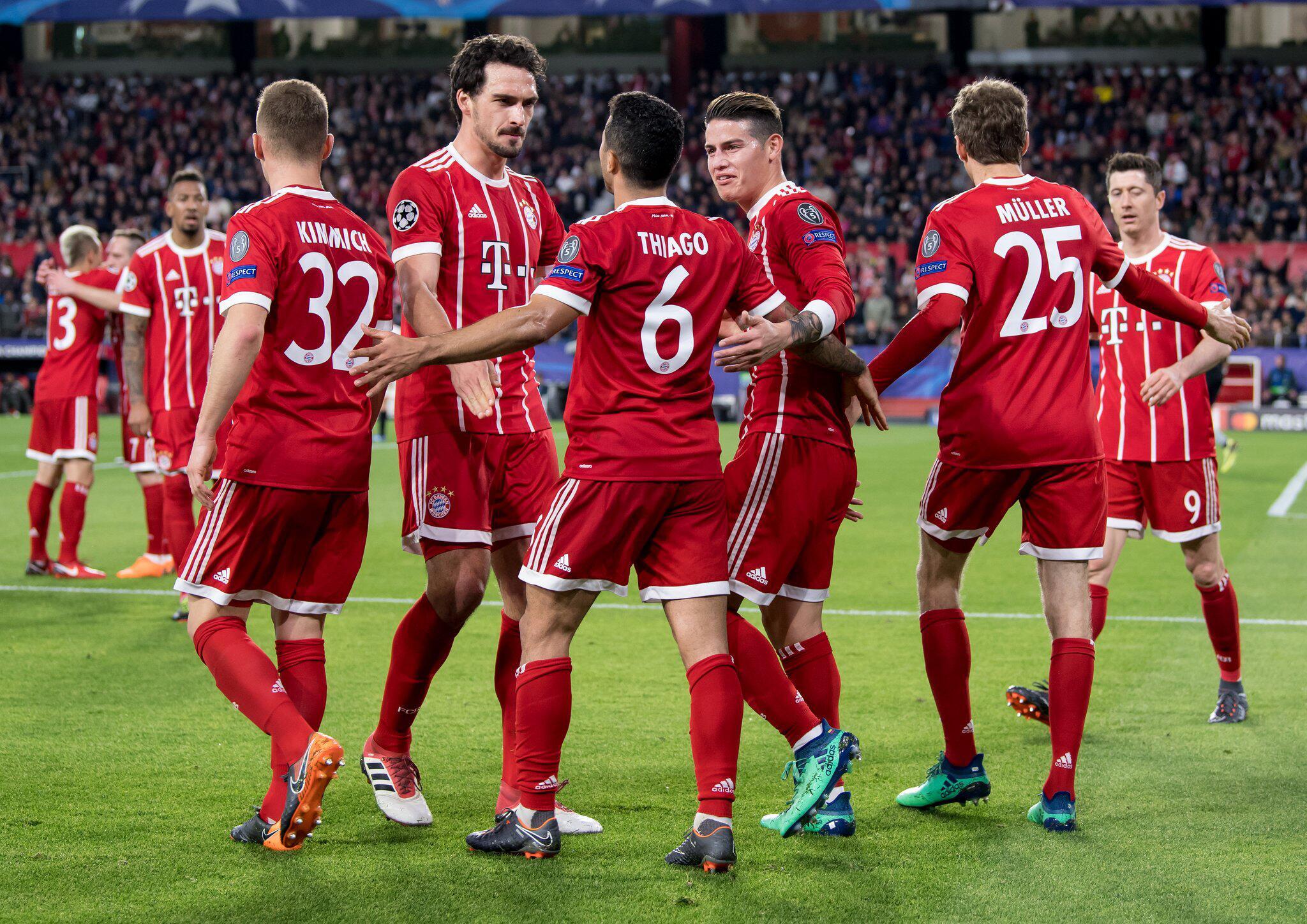 Bild zu FC Sevilla, FC Bayern München