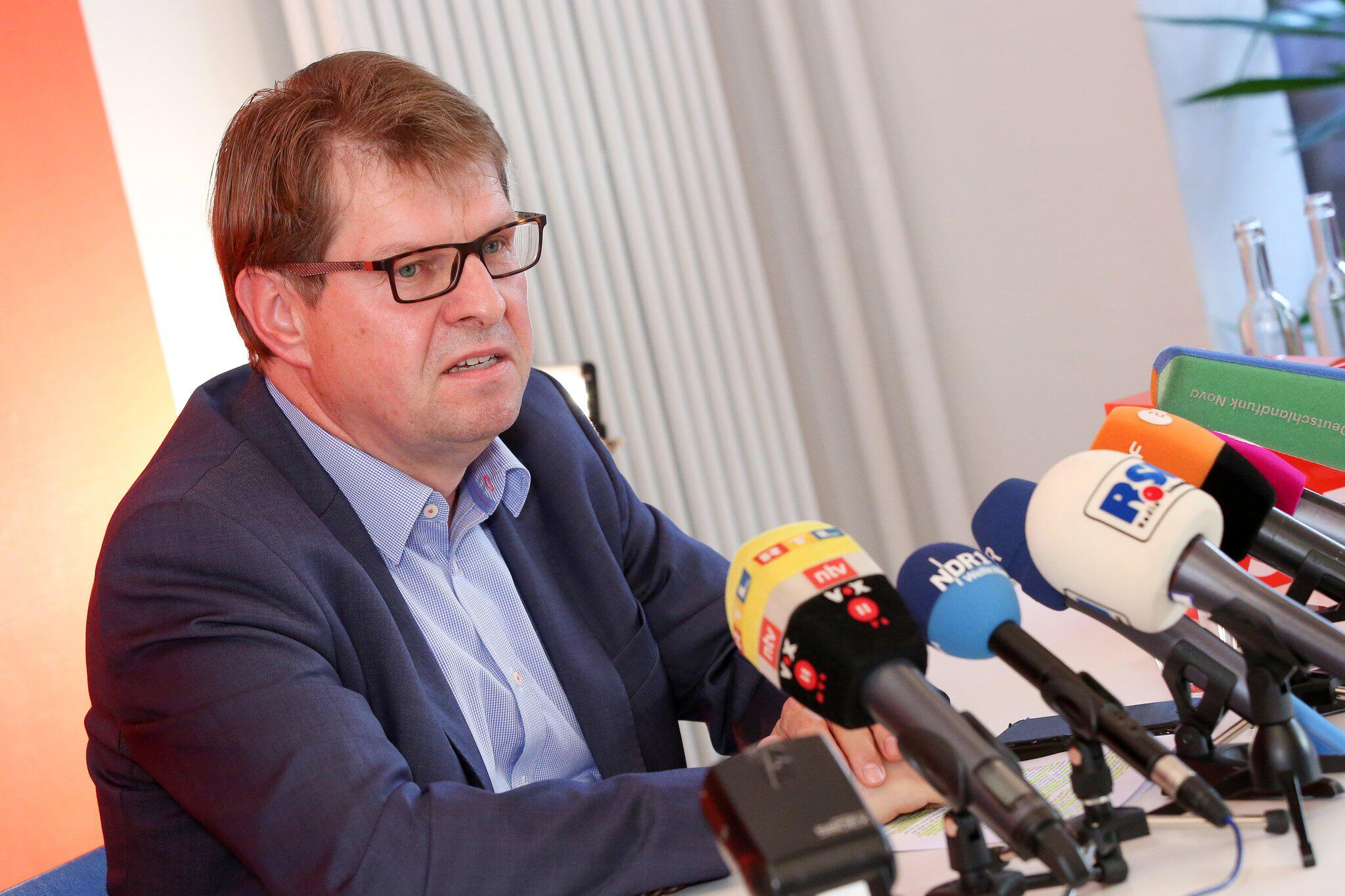 Bild zu Stegner to step down as head of the North SPD in 2019