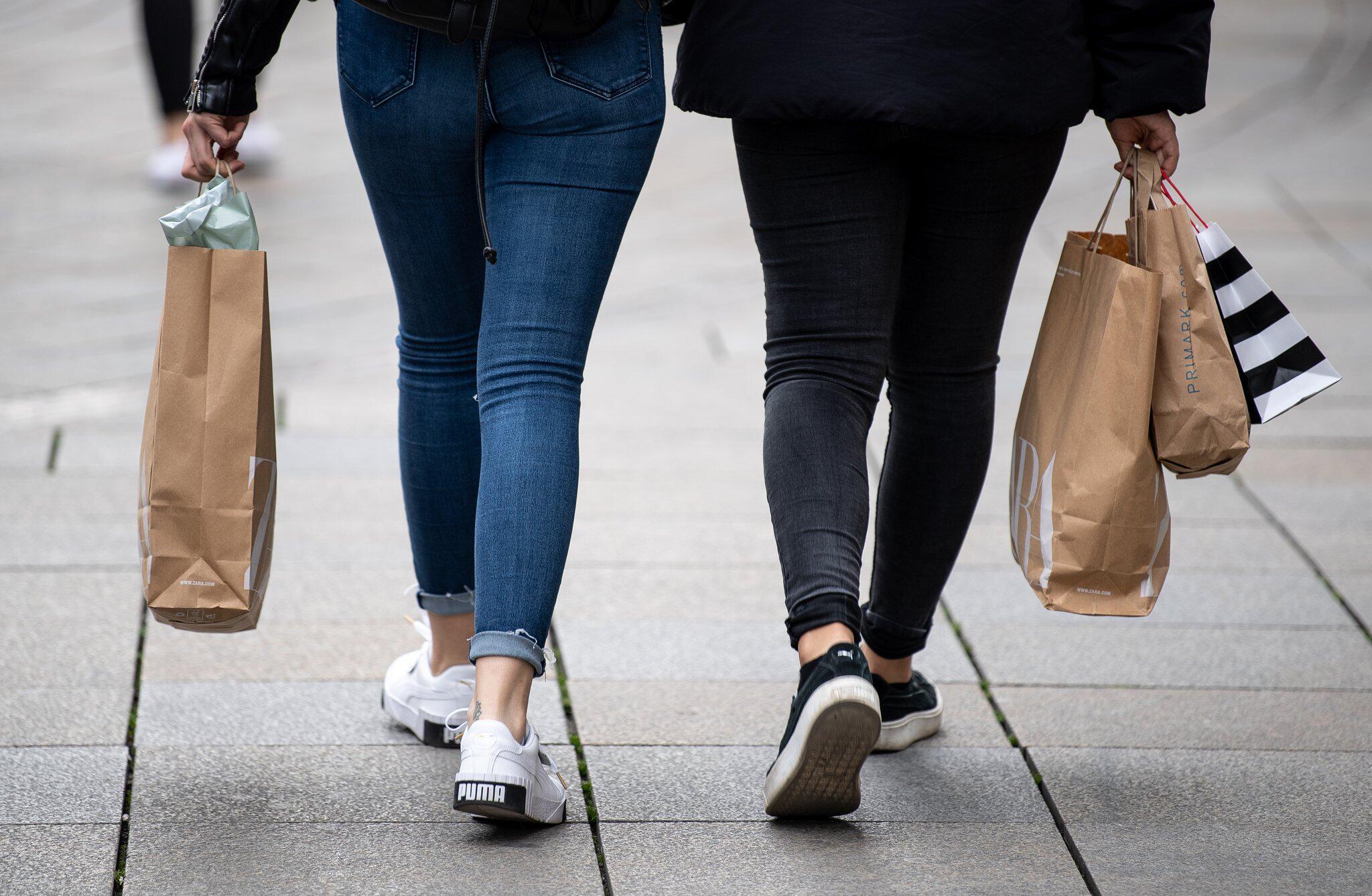 Bild zu Auftakt in der Tarifrunde im Einzelhandel