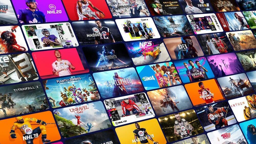 Microsoft, Xbox, Series X, Series S, Xbox One, Game Pass, Sony, PS5, Konsole, schwarz, weiß