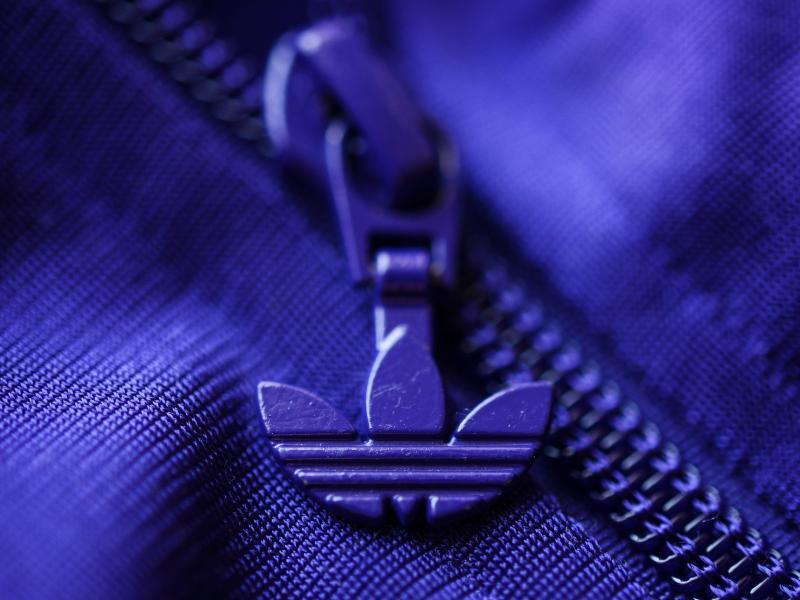 Bild zu Adidas AG