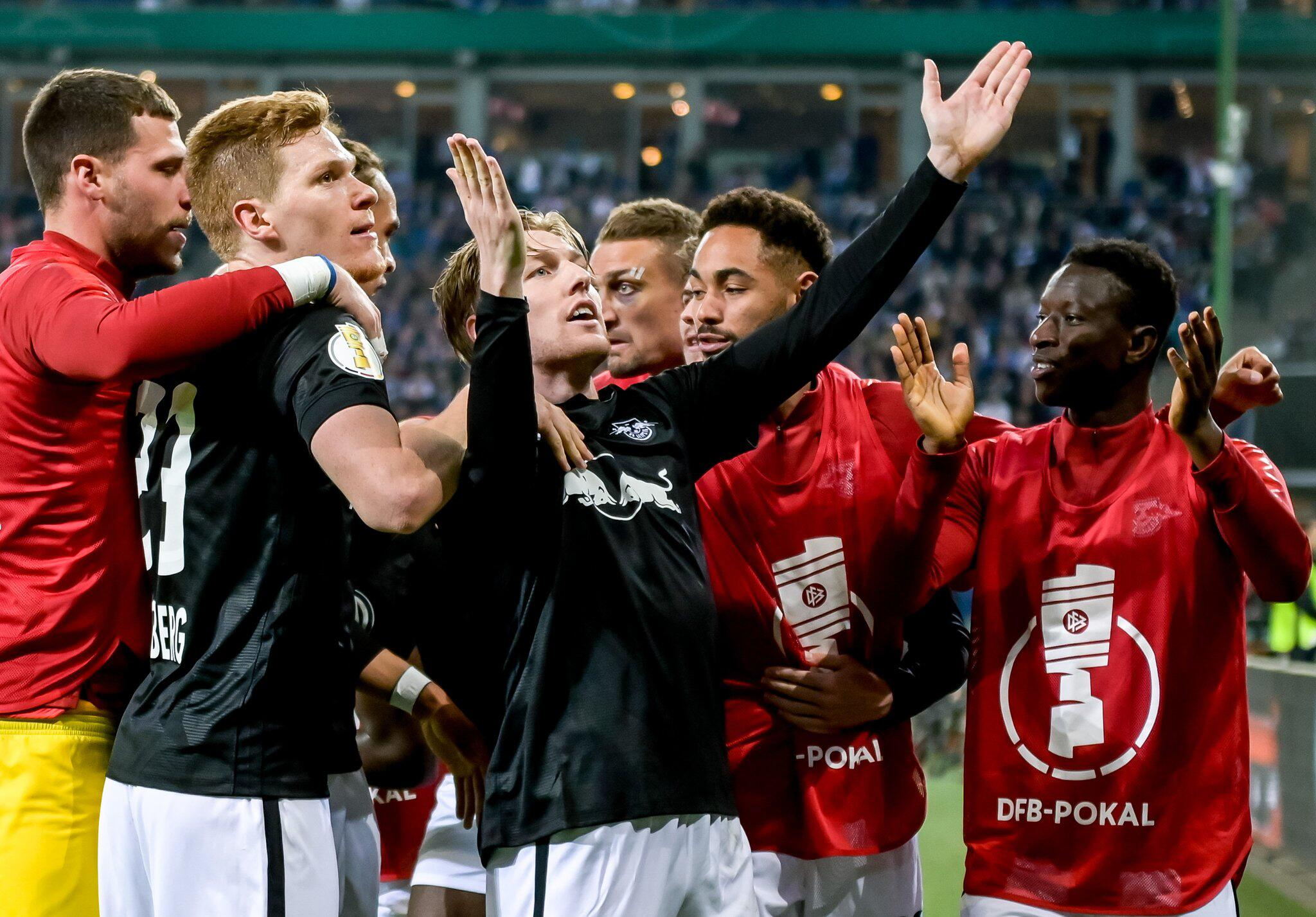 Bild zu Hamburger SV - RB Leipzig