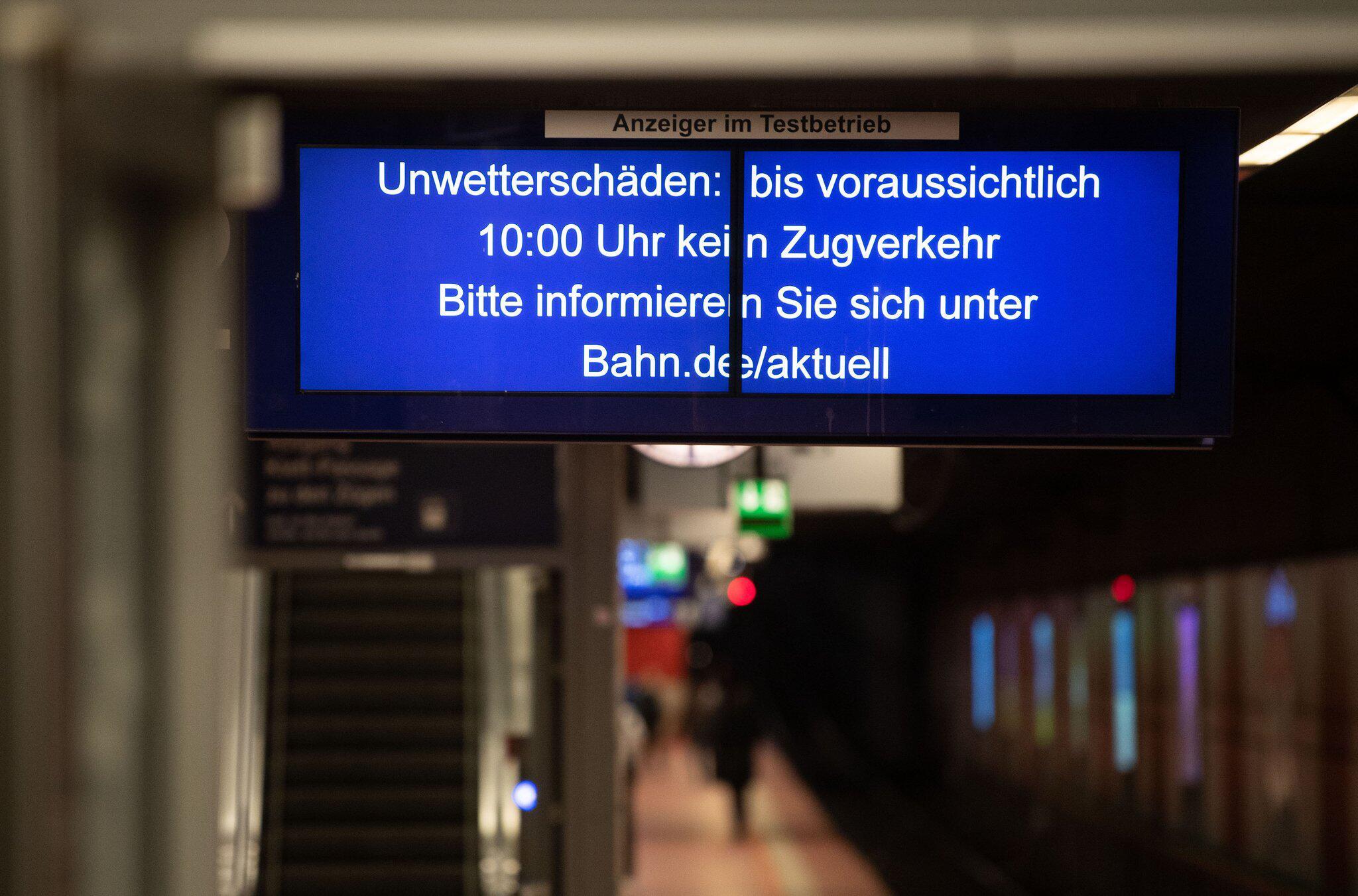 """Bild zu Storm low """"Sabine"""" - Stuttgart"""