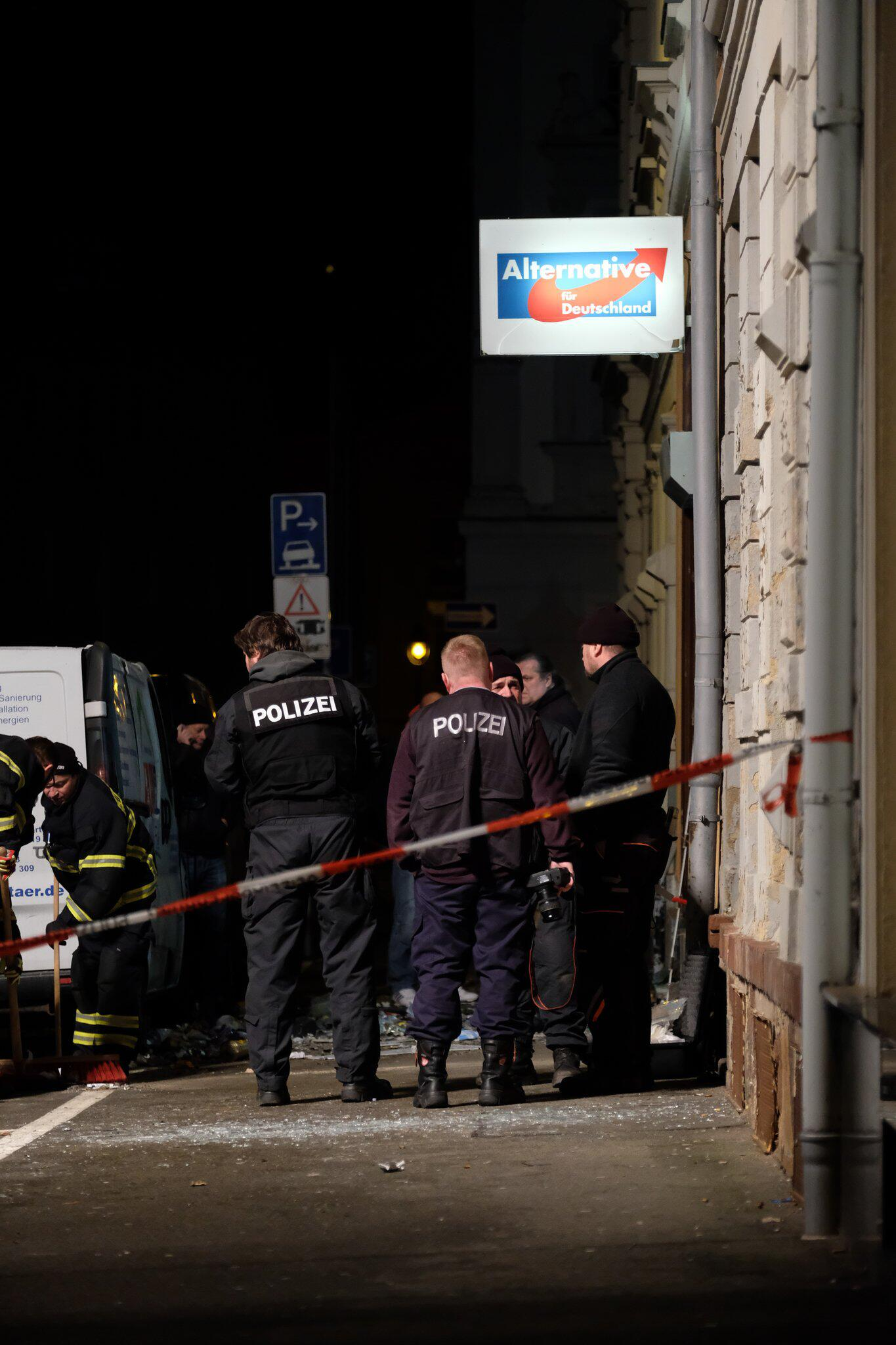 Bild zu Explosion in front of AfD office in Döbeln