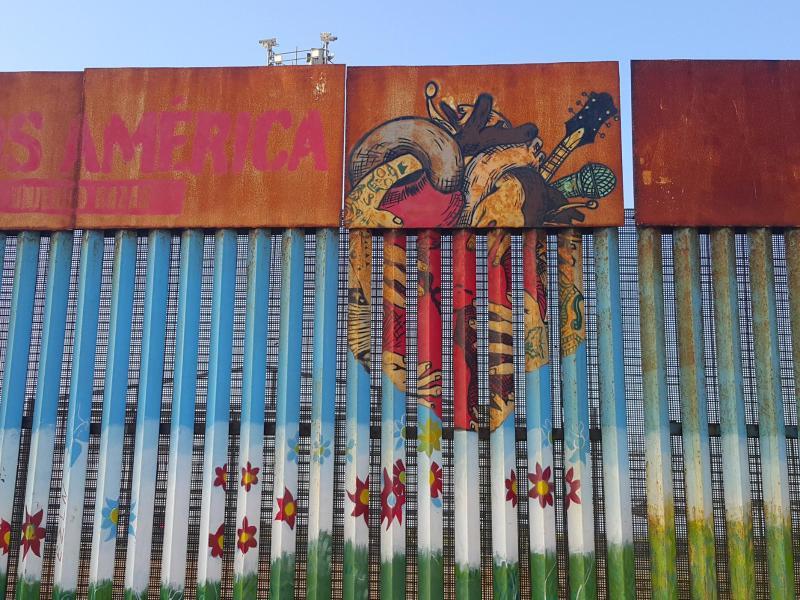 Bild zu Teilstück der Mauer