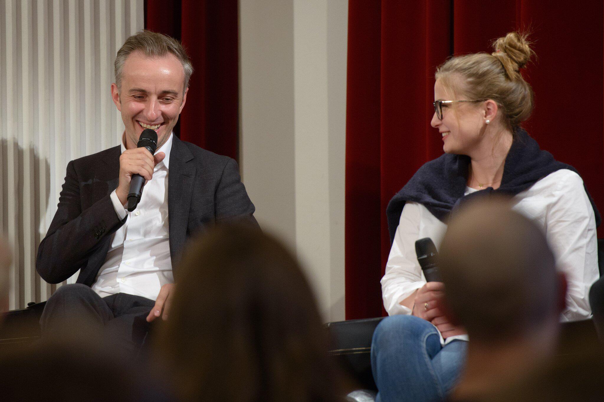 Bild zu Böhmermann diskutiert - «Wie engagiert ihr euch?»