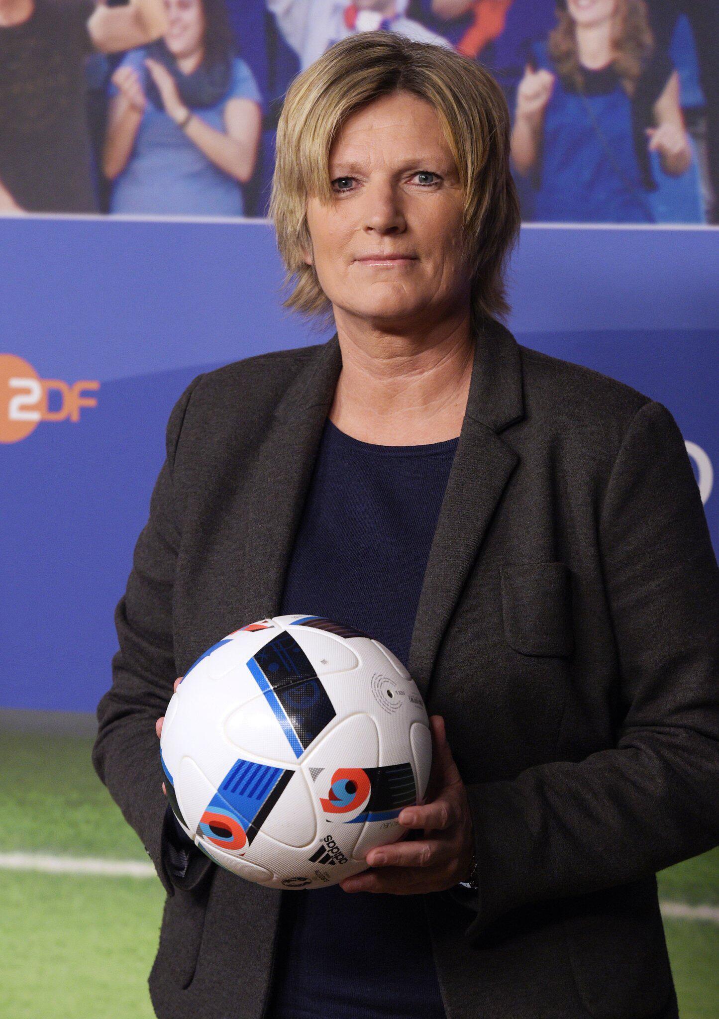 Bild zu WM 2018 - Claudia Neumann