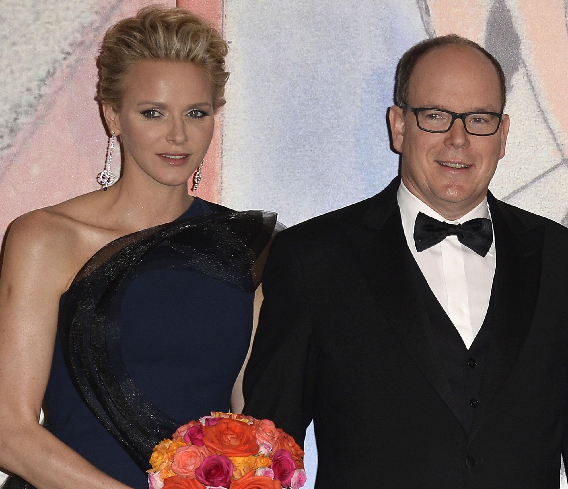 Bild zu Fürstin Charène und Fürst Albert II. von Monaco