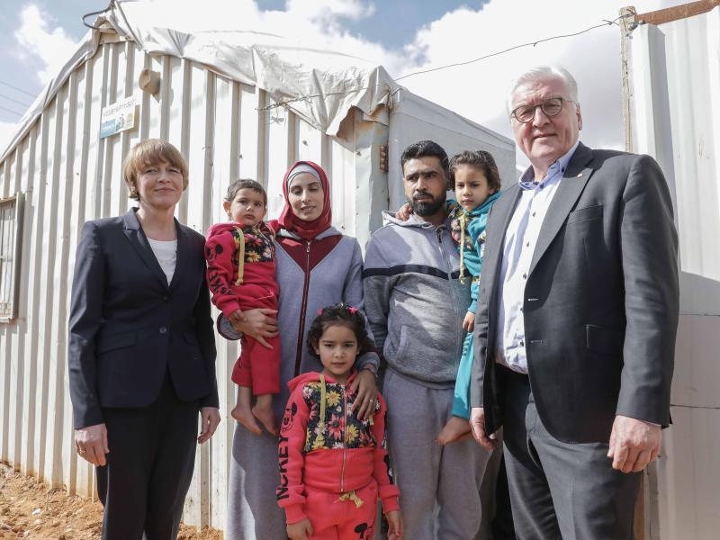 Bild zu Im Flüchtlingslager