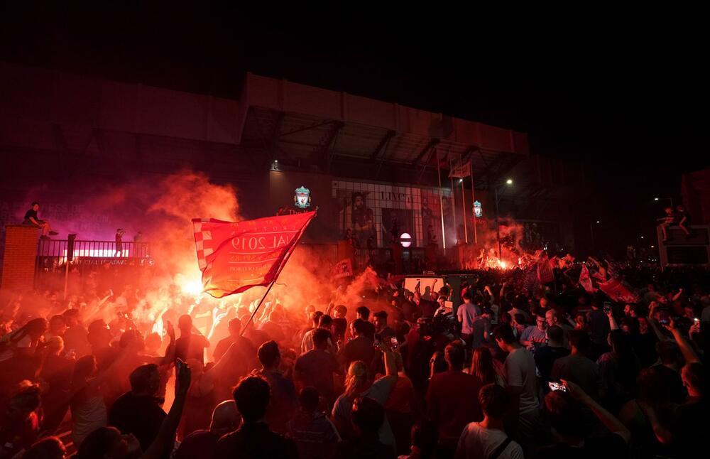 Liverpool-Fans feiern Meisterschaft
