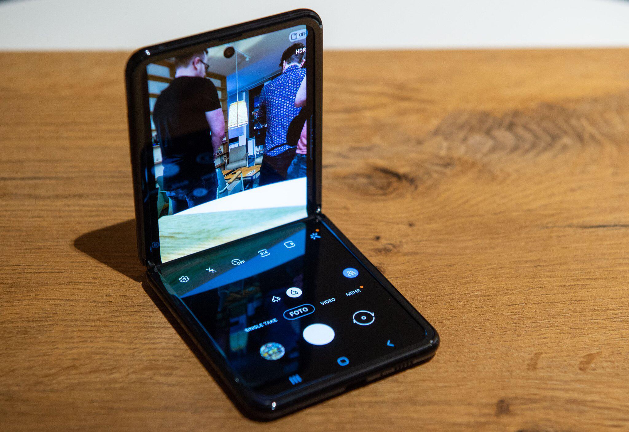 Bild zu Samsung stellt neues Falt-Smartphone vor