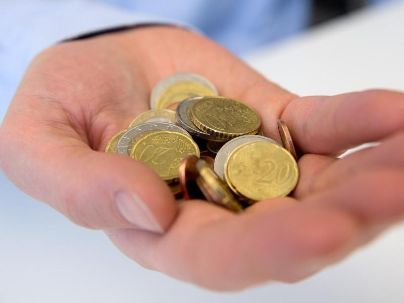 Bild zu Mit Münzen bezahlen