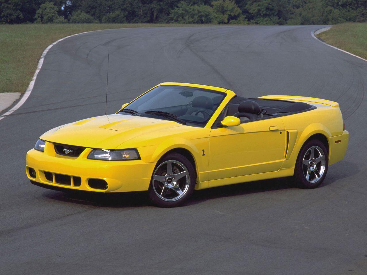 Bild zu Ein Ford SVT Mustang Cobra aus dem Jahr 2003: Eine absolute Spaßmaschine
